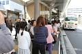 Kjóto - nemůžeme vynechat. Ovšem památky jsou daleko, na úpatí hor, tak to zkusme dnes autobusem, ať se trochu šetříme ...