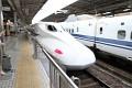 Nozomi 700 - nejrychlejší japonský superexpres v celé své kráse ...